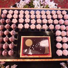 夜桜の和菓子入刀.jpg
