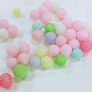 お祝いの菓子 おいり.jpg