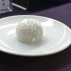 お稽古菓子 雪の餅.jpg