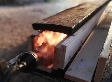 shou-sugi-ban la technique du bois brulé