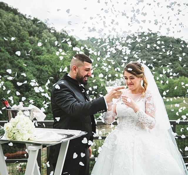 #wedding2.jpe