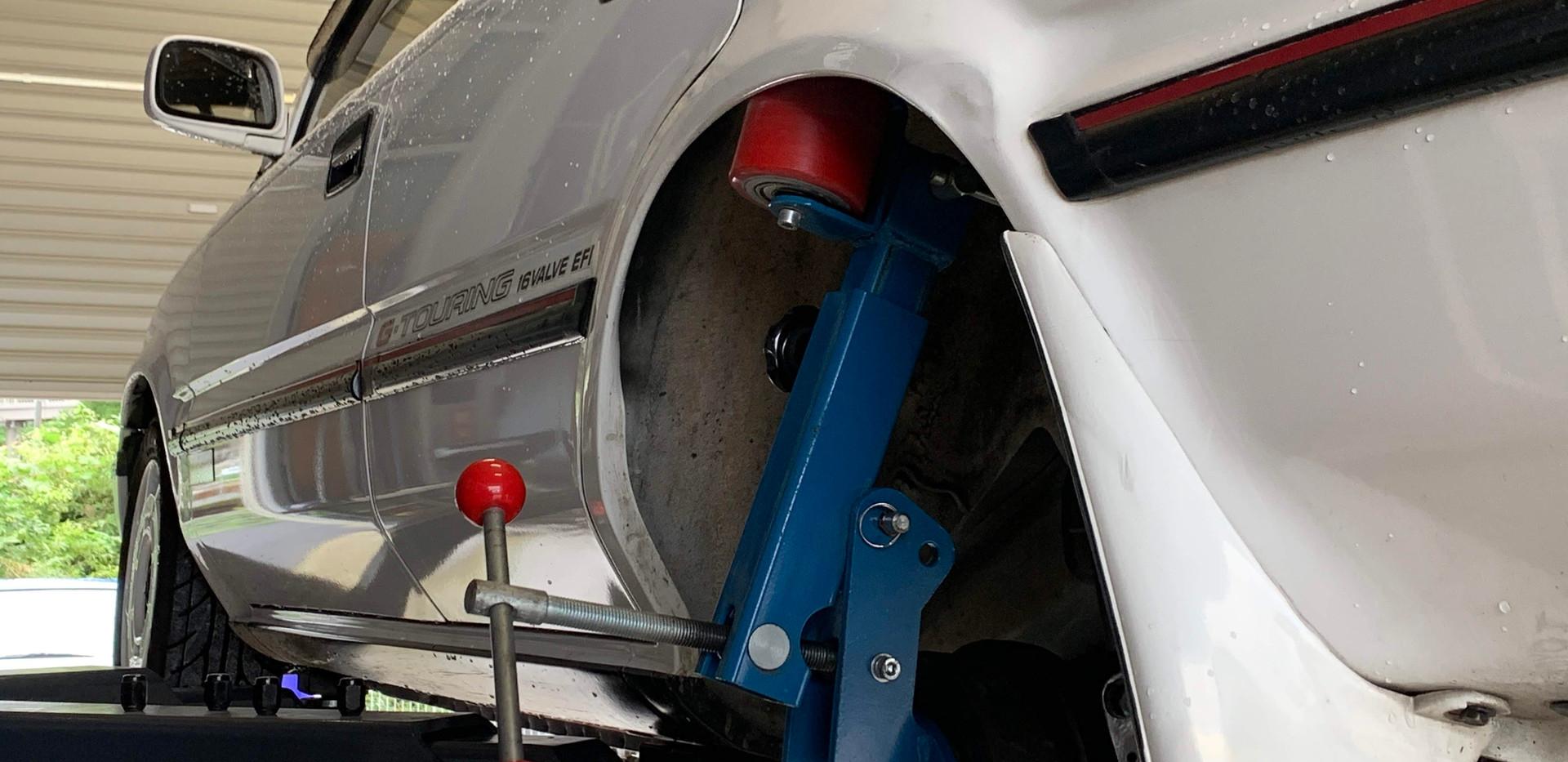 フェンダー爪折り加工-AE91カローラワゴン