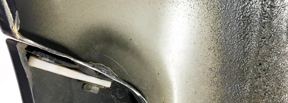 リアバンパー、フェンダー接続部カット加工