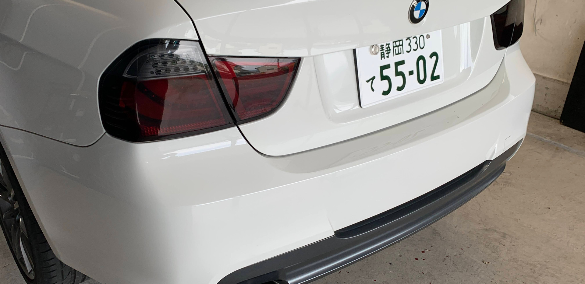 BMW 320i Mスポーツ E90 ワンオフマフラーカッター-①
