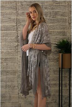 Angie grey white rayon kimono .png