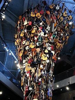 Tour de guitares MoPOP.jpg