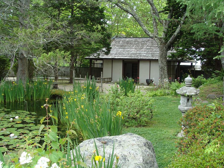 Hammond Museum and Japanese Stroll Garden tea house