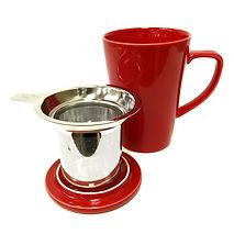 Tea mug with strainer