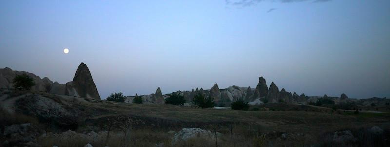 cappadocia-full-moon.JPG