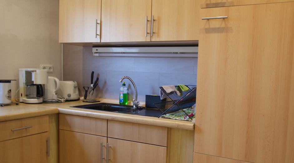 Kücheneinrichtung und Spüle