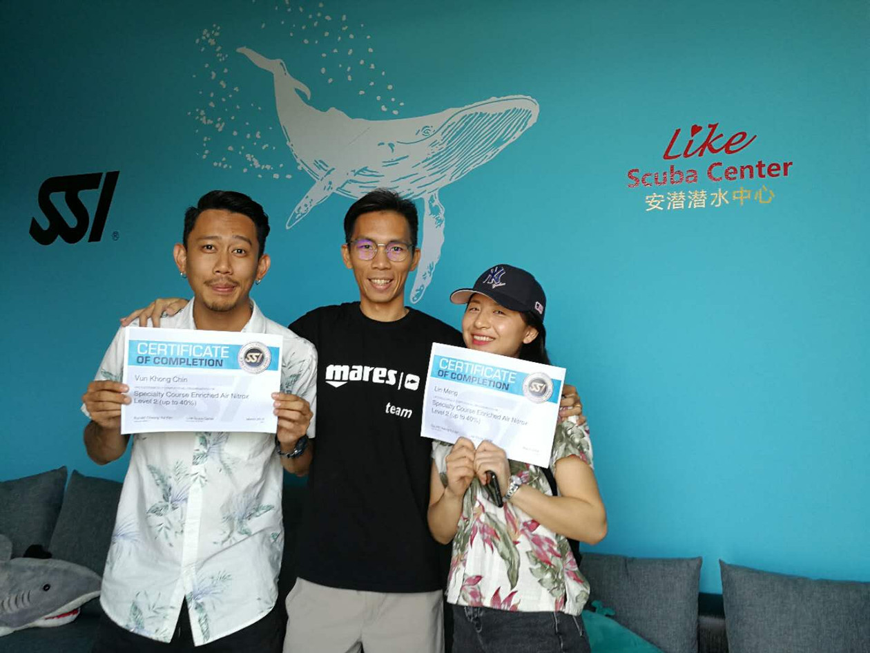 Certification with SSI Instructor.jpg