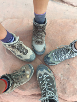 Max 5 hike shoes