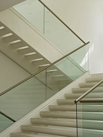 Indoor Tube Handrails with Glass