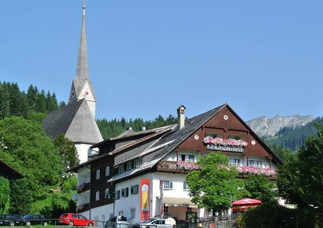 Kirchenwirt_edited.jpg