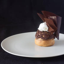 Espresso, mascarpone, chocolate Profiterole