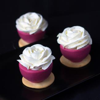 Raspberry, litchee, mascarpone petit gateux