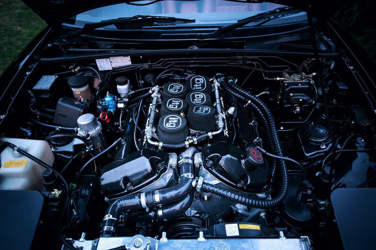 Rocketeer V6 MX-5 3 0 V6 MX5 engine conversion for Mazda MX