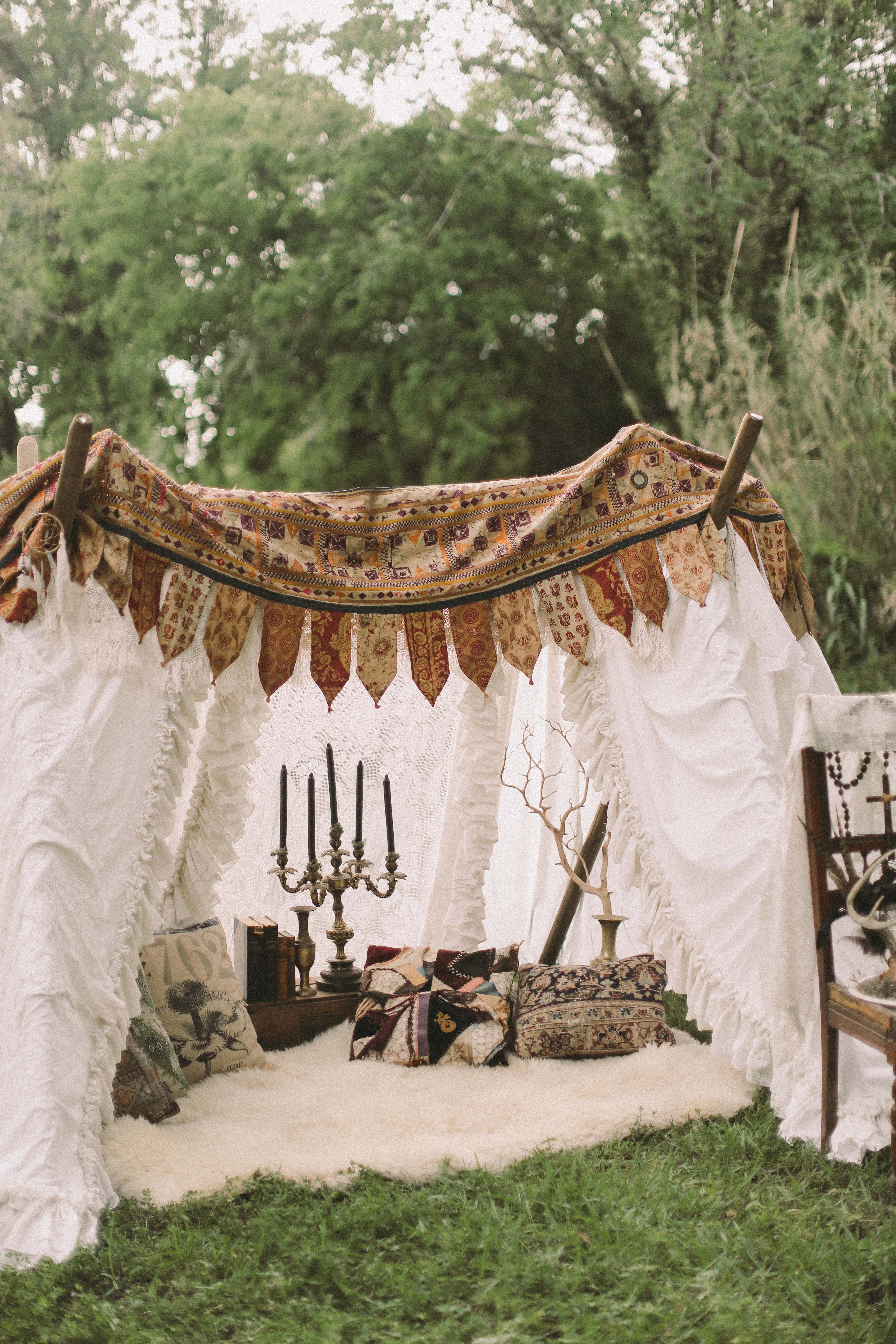 Boho Engagement Photo Shoot