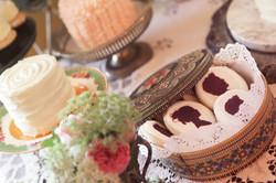 Vintage Tin and Cake Plates