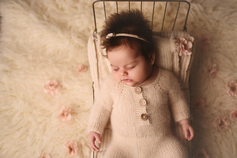 Mobile newborn photographer, Stafford Virginia