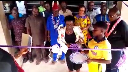 Im März 2018 fand die offizielle Eröffnung der in der Gegend einmaligen Toilettenanlage für Schüler mit den Schulbehörden des Bundeslandes Enugu statt.