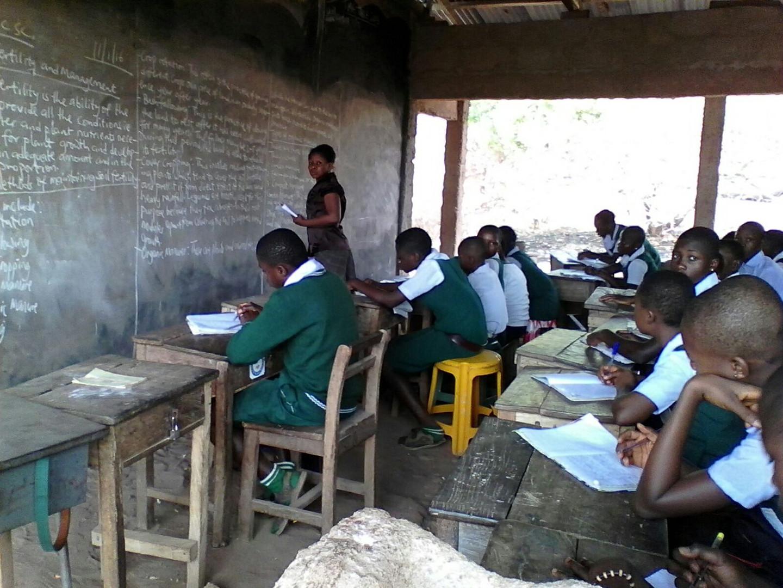 Die Klasse im ursprünglichen Zustand ohne Fenster und Türen.
