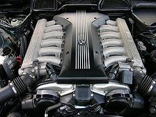 750i - 326 cv