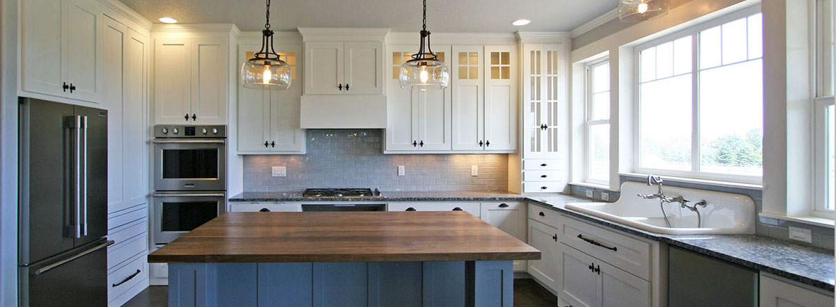 Contemporary farmhouse kitchen