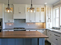 VV3 Kitchen1 950x350.JPG