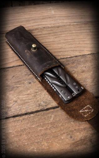 Peigne papillon avec étui en cuir Rumble59