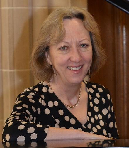 Helen Deakin photo