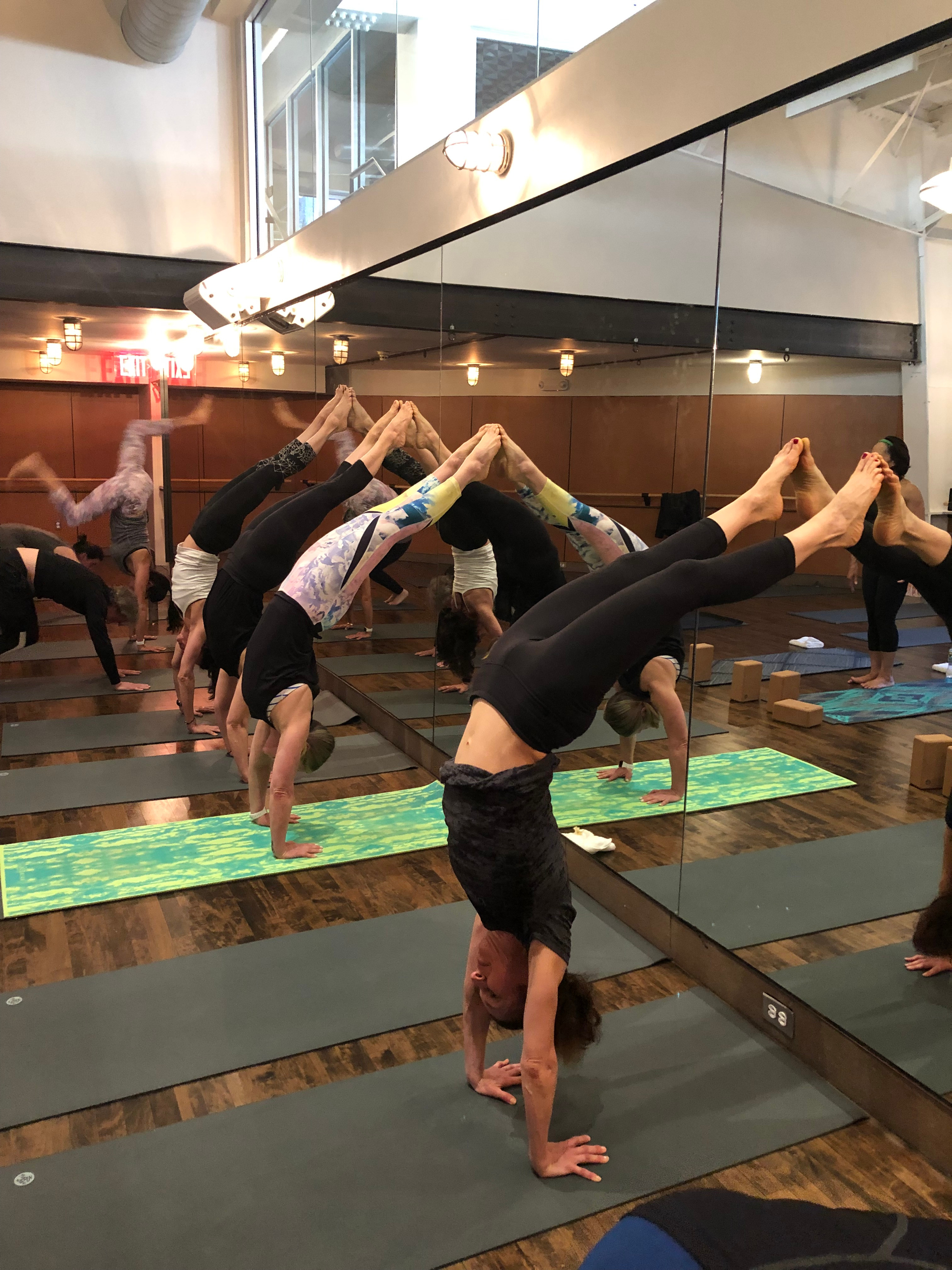 Diamondfit Yoga Flow - Intermediate