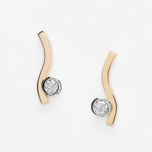 18ct yellow gold and platinum diamond stud earrings