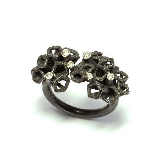 'Scion 7 tree', silver ring with diamonds