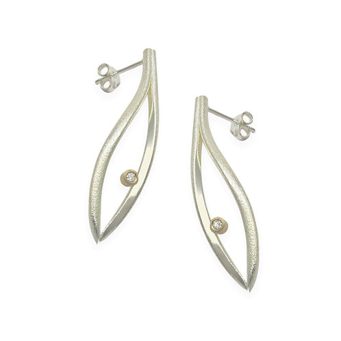 Konifer medium silver earrings