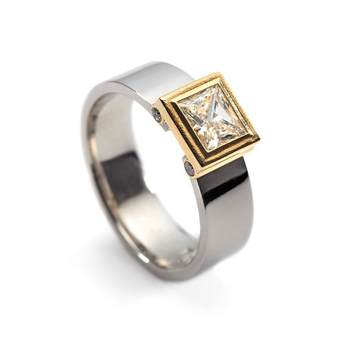 Platinum Engagement Ring with Princess Cut Diamond