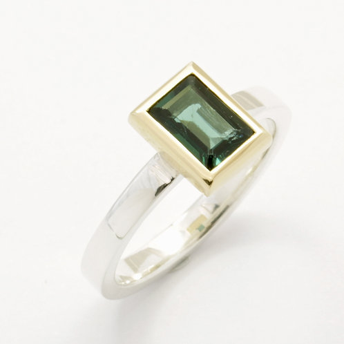 Silver ring with blue green tourmaline in 18ct yellow gold