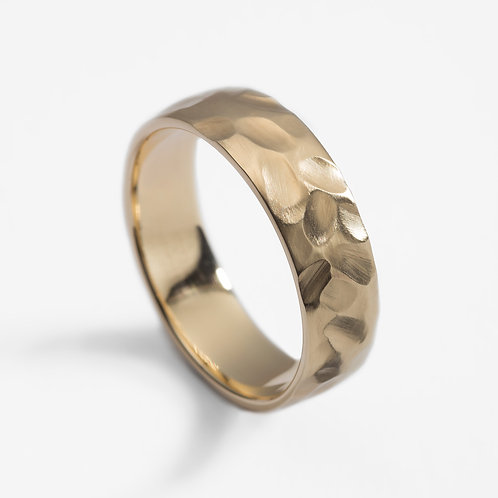 9ct yellow gold men's hammered wedding ring