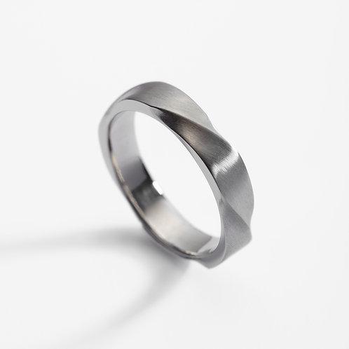 Platinum twist wedding ring