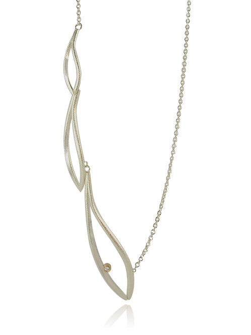 Konifer long silver necklace