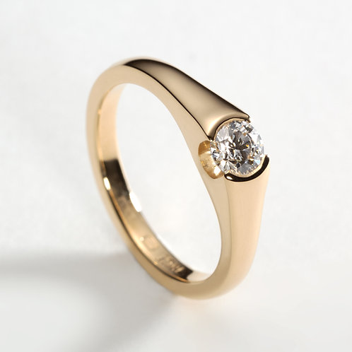 Coney Ring in 18ct Yellow Gold