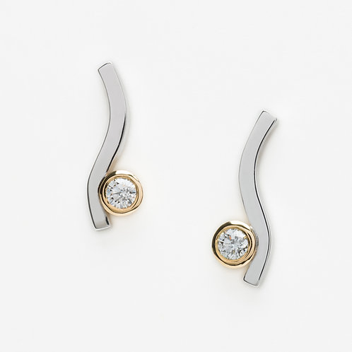 18ct white gold and yellow gold diamond stud earrings