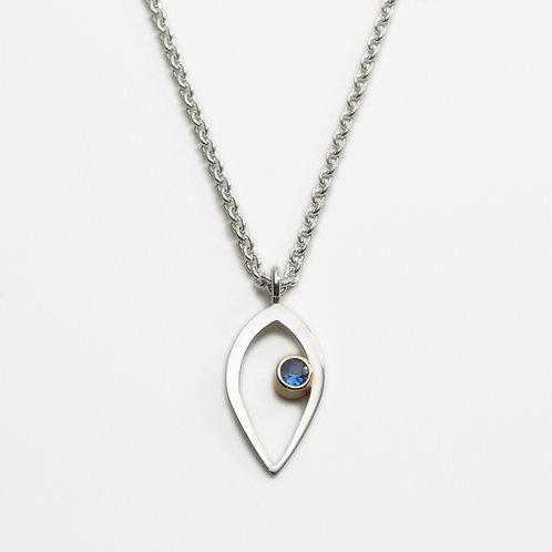 Duille Nua Birthstone silver pendant