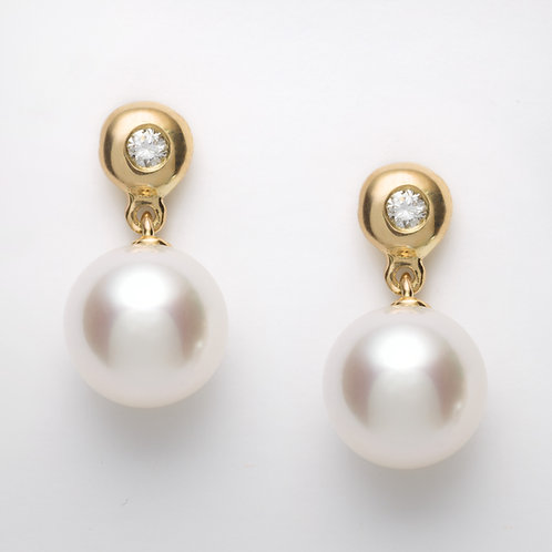 18ct yellow gold pearl drop earrings