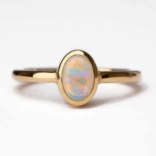 Oval Opal 18ct Yellow Gold Ring