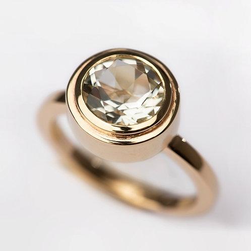 Mint Quartz 9ct Yellow Gold Ring