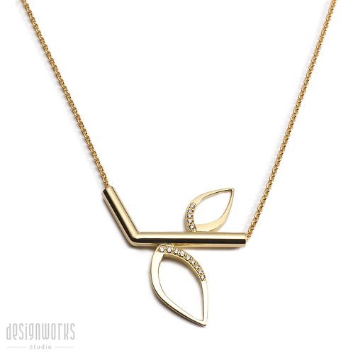 Duille Nua Frosted branch necklace, 18ct yellow gold