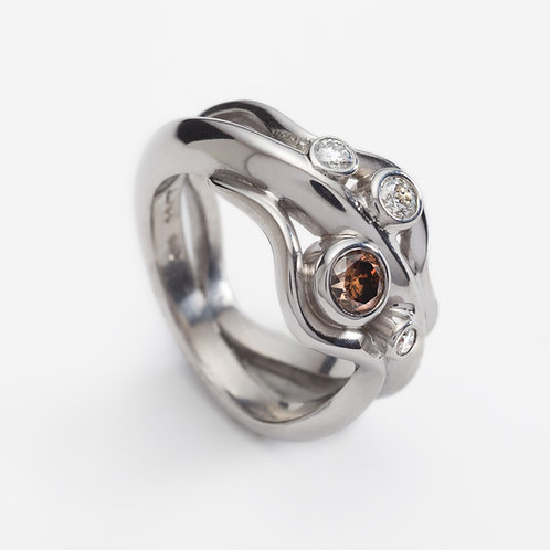 18ct white gold wave ring with cognac and white diamonds