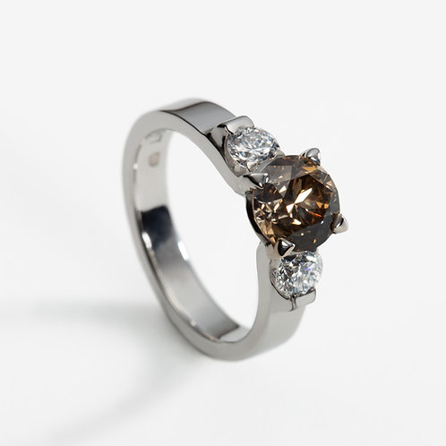 18ct White Gold Ring with Cognac Diamond