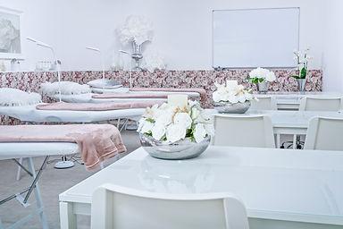 Beautystudio, HydroFacel, Cellulitesbehandlung, 3D HIFU, Permanent Make-Up, Microblading, BB Glow,Lashes,Wimpernverlängerung, Wimperverdichtung, Microneedling, Zahnbleaching, Plasma Pen, Microhaar Pigmentierung, Schulungen, Kosmetikinstitut,Hamburg